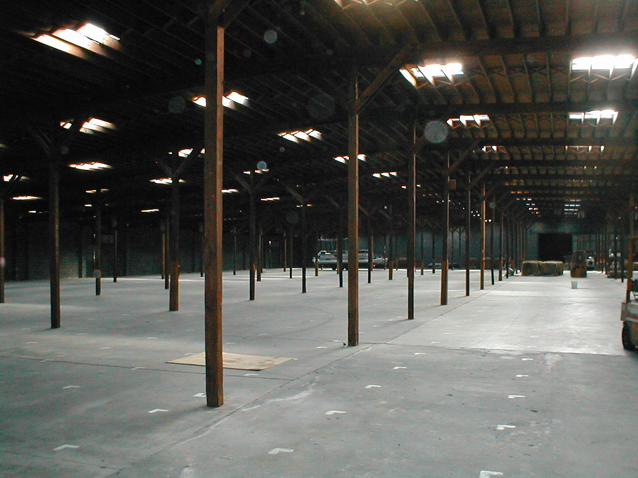 WAREHOUSE INSIDE PICTURE 1